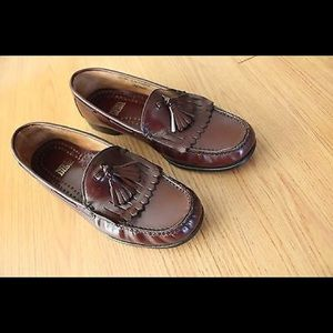 Nunn Bush Other - Nunn Bush Size 9 M Leather Slip-On Kilted Tassels