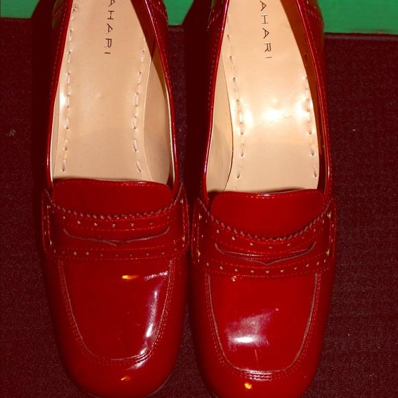 6acecda2d80 New Tahari  LOGAN  Patent Leather Penny Loafer. M 587e2615620ff79758123da9