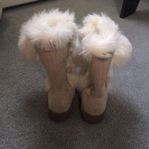 da3a8d6b236 Old Navy Toddler Boots - Size 6