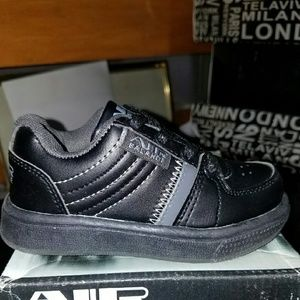 air balance Other - Baby size 6 black and silver shoes