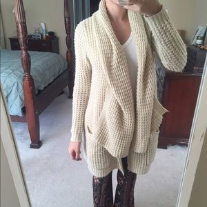 Urban Outfitters Chunky Cable Knit Cardigan XS