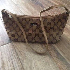 Gucci Handbags - Authentic Gucci bag