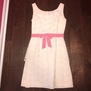 Dresses & Skirts - Vintage white lace dress