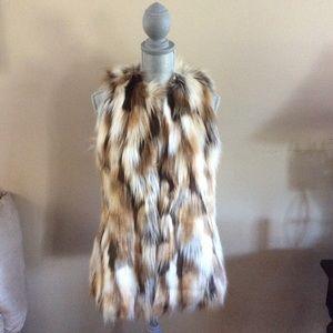 ⚡️Zara faux fur vest