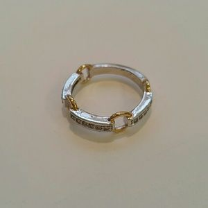 Jewelry - Fashion gold & silver ring with pave stones.