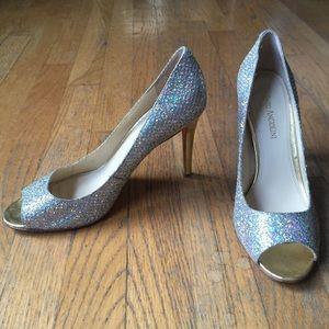 👠ENZO ANGIOLINI Glitter Peep-toe Heels