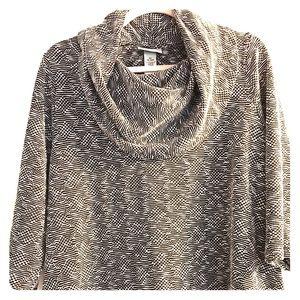 Catherines Tops - Catherine's light Sweater