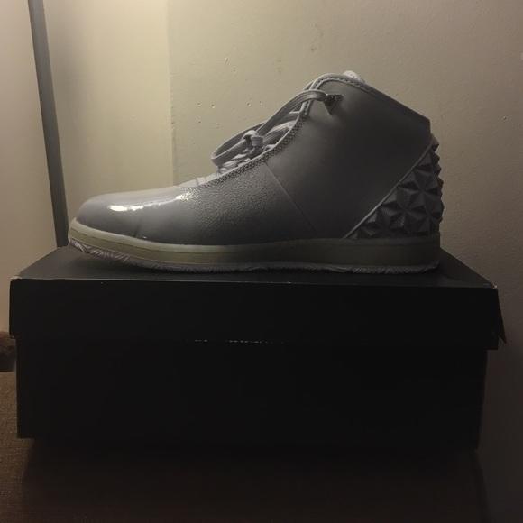 jordan instigator basketball shoe