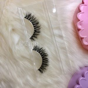 Other - Virginia Mink Lashes