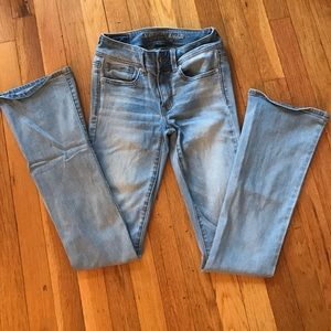 American Eagle Outfitters Denim - American Eagle jeans. Light wash. Boot cut. Size 0