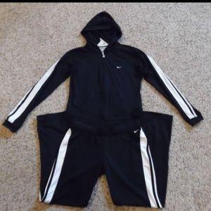 Nike Medium Matching Pants and Jacket