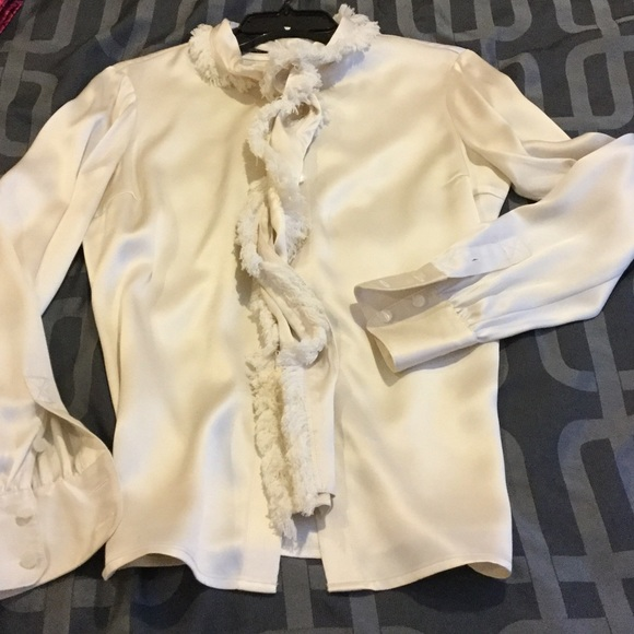2120330c605ac Tory Burch Waverly blouse. M 587e7d397fab3aa3e10154eb