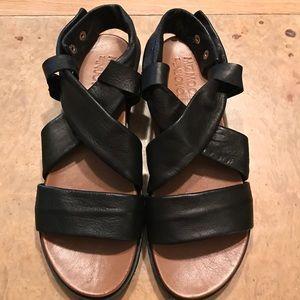 MIZMOOZ Shoes - MizMooz shoes