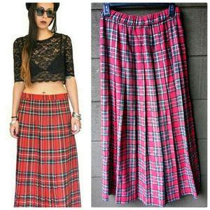  Tartan plaid 1970s pleated vintage maxi skirt