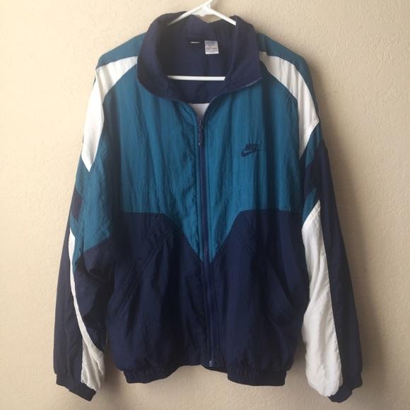 88a425bbe202 NIKE windbreaker vintage 90s jacket old school. M 587e8f6c6d64bc324201a78b