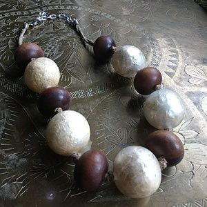 Jewelry - Boutique neutral wood and twine necklace