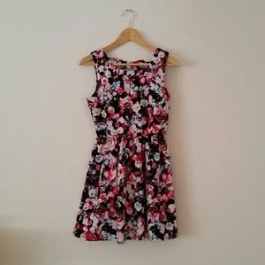 Lily Rose Dresses & Skirts - Beautiful Floral Dress