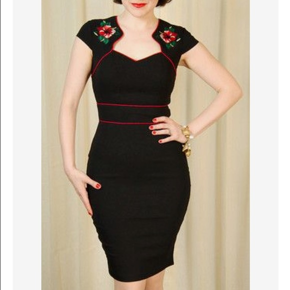 678ac35f2 Hell Bunny Hibiscus Flower Pencil Dress sz M. M_587e9d0a3c6f9ff69f01dc86