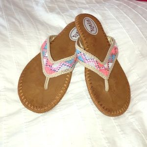 Stevies Shoes - Cute flip flops with multi color stitching size 6