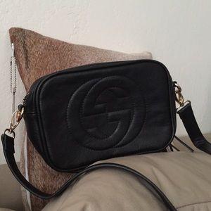 Gucci Handbags - Gucci black crossbody soho disco handbag Brand New