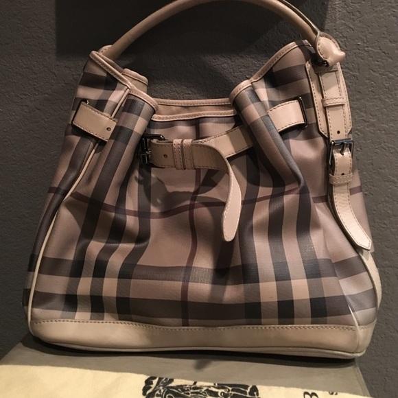 54f3dcb581aa Burberry Handbags - 🎉last price drop Amazing 100% authentic Burberry