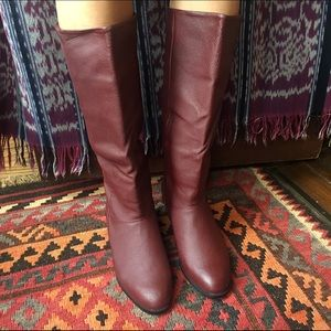 Bagatelle knee high burgundy leather boot, Sz 7.5