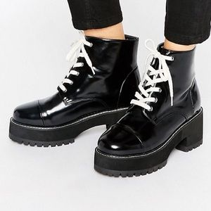 Jeffrey Campbell Shoes - 🆕 Chunky Lace Up Boot