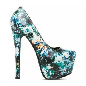 shoedazzle  Shoes - NEW faux leather, black and blue heels