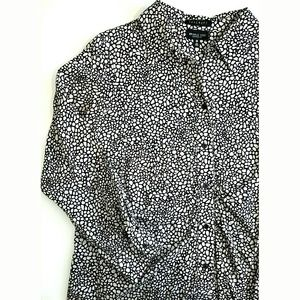Foxcroft Tops - Foxcroft Wrinkle Free Shaped Fit Button Down