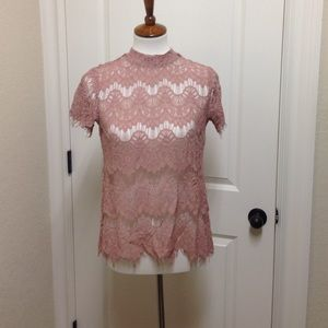 Tops - NWT pink lace short sleeve top