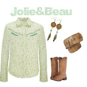 Jolie & Beau Tops - EUC {Jolie & Beau} Western Top