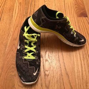 ❗️Reduced❗️Like New Nike Free TR Fit 4 SZ 8.5