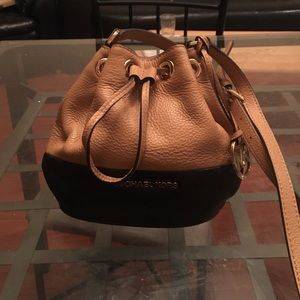 Michael Kors Jules Drawstring Crossbody Purse