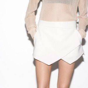 Zara Asymmetrical White Mini Skort Size XS