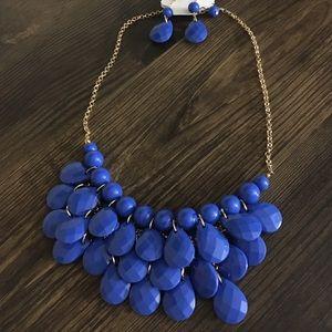 5/$25 SALE - Blue Classic Bib Necklace Set