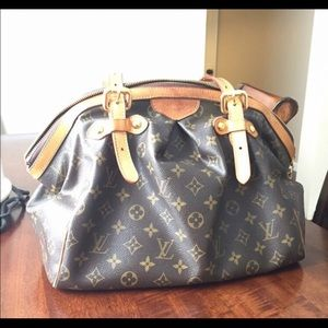 Louis Vuitton Handbags - PRICE REDUCED 🚨 Tivoli GM Louis Vuitton handbag
