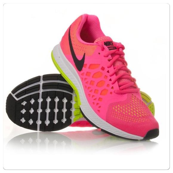 buy popular 104fd 9656b Nike Air Zoom Pegasus 31 Running Shoe. M_587ed6215a49d06331002149