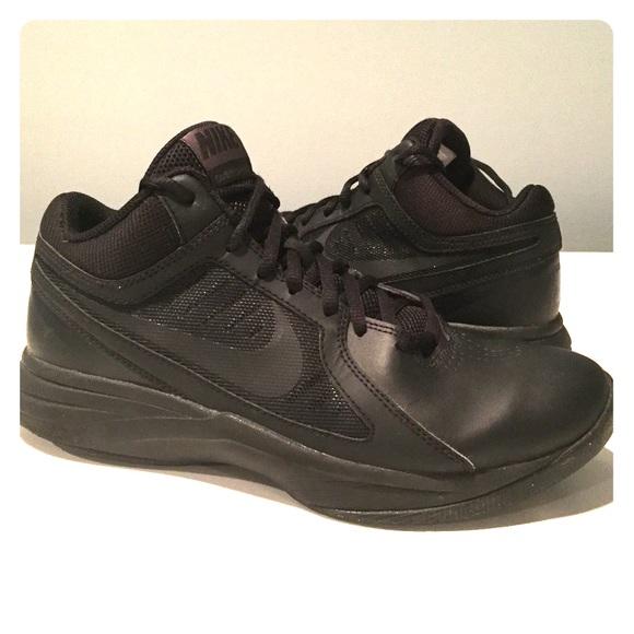 e4d8348bcf47 Nike OverPlay VIII Men s Basketball Sneakers. M 587ed71f78b31cec3a00257f