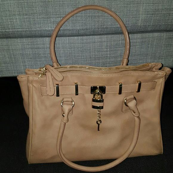 1962455d909 Aldo Handbags - ALDO Ullum Tote Bag