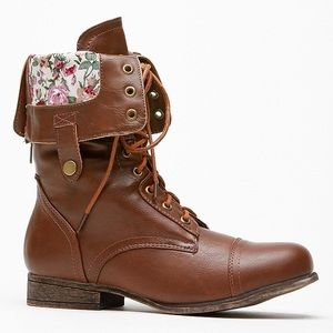 Bamboo Floral Boots sz. 6
