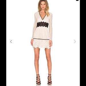 Bardot Dresses & Skirts - Sale💕Bardot Bella Lace Dress Sz S