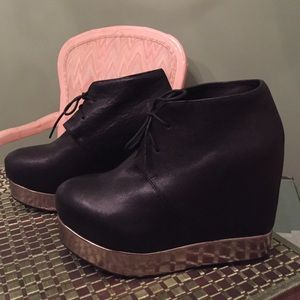 Jeffrey Campbell Shoes - ✨Jeffrey Campbell✨