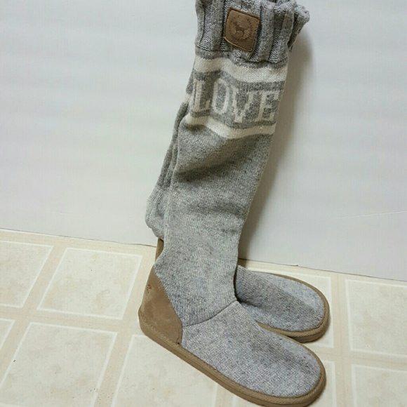 d9f1a8b651 Victoria s Secret PINK Long Sweater Boots M-NWOT. M 587ef7a8a88e7d843b00ebb9