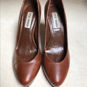 Steve Madden Brown Clarion Pumps, Size 6.5