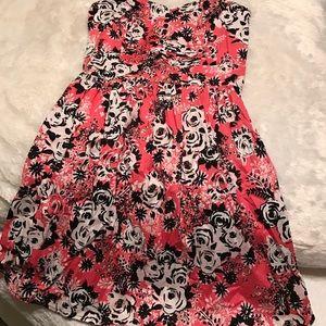 BeBop Dresses & Skirts - Never worn! Strapless hot pink and black.