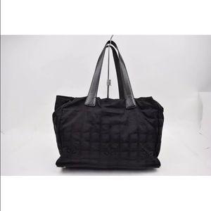 CHANEL Handbags - Beautiful Chanel Authentic Vintage Travel Bag