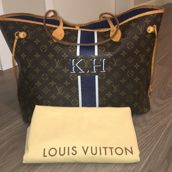 2a2349683a12 Louis Vuitton Handbags - Louis Vuitton Gm Neverfull personalized navy white