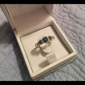 Brand new 14k genuine blue and white diamond
