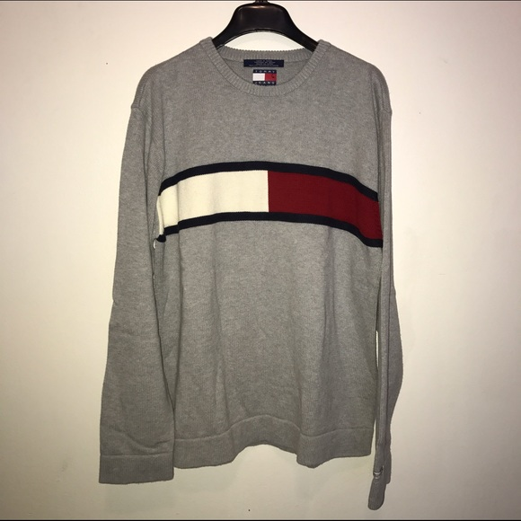 aa302ca1fed **Vintage Tommy Jeans pullover sweater**. M_587f1ecf78b31c9a2f01796f