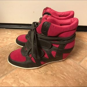Shoes - Fuschia strappy Velcro sneaker wedges
